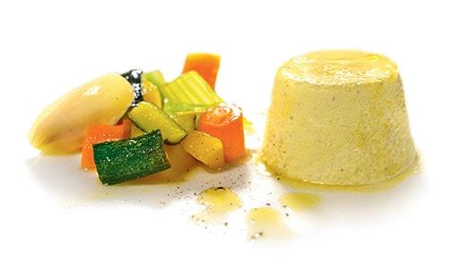Bavarese al gorgonzola piccante con tocchetti vegetali al miele